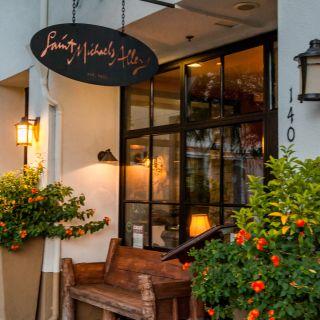 Foto von St. Michael's Alley Restaurant