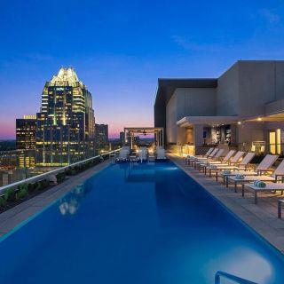 Azul Rooftop Pool Bar + Lounge