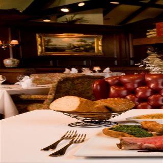 A photo of Summit House - Fullerton restaurant