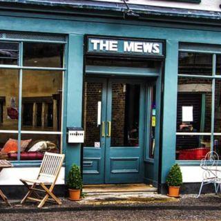 Una foto del restaurante The Mews Restaurant