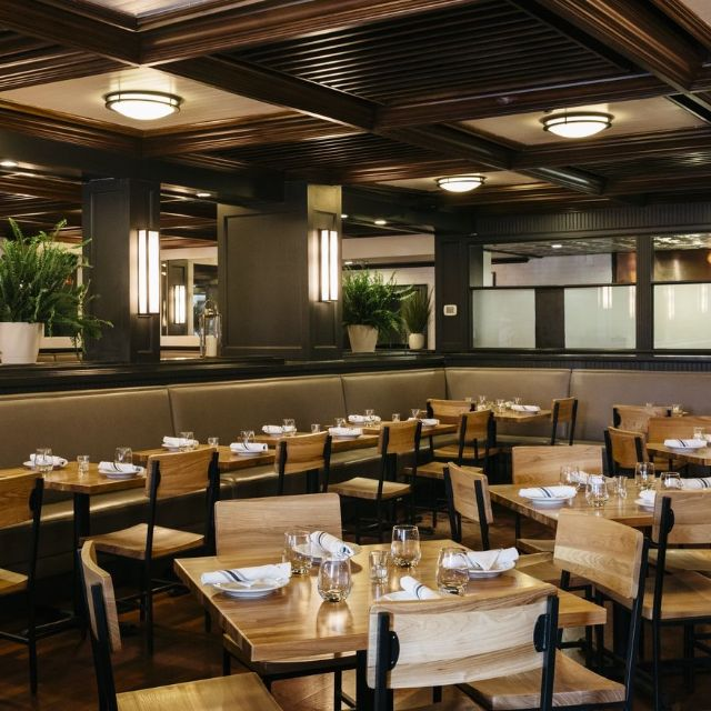 Emmy Squared Green Hills Restaurant Nashville Tn Opentable