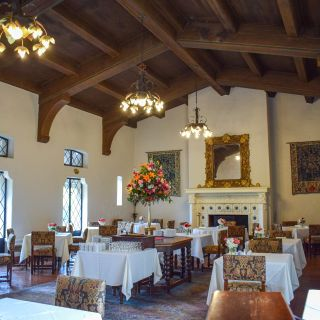 Julia's Restaurant