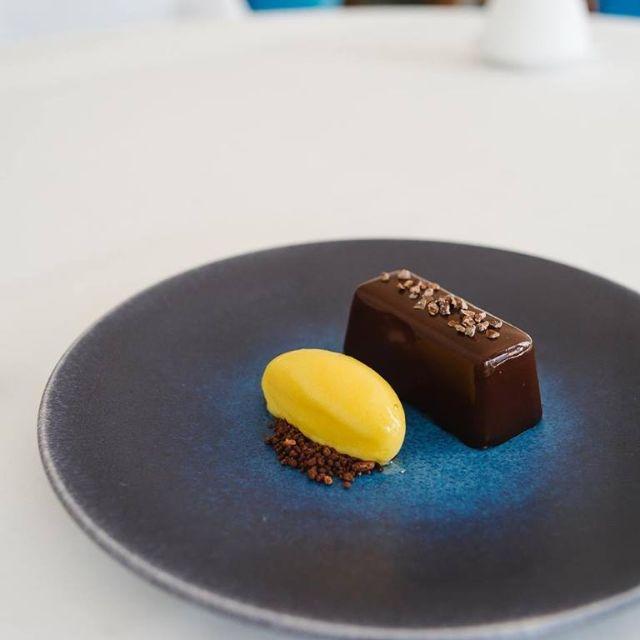 Restaurant Chocolate Moulleaux - 104 Restaurant, London