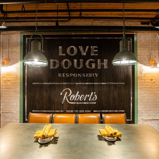 Robert's Pizza and Dough Company, Chicago, IL