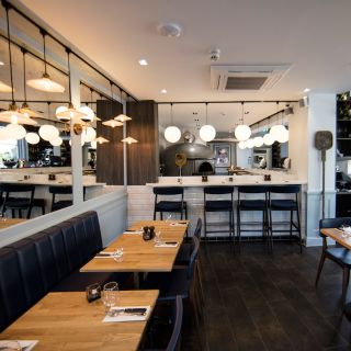 A photo of Cento Uno restaurant