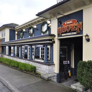 A photo of The Raven Pub restaurant