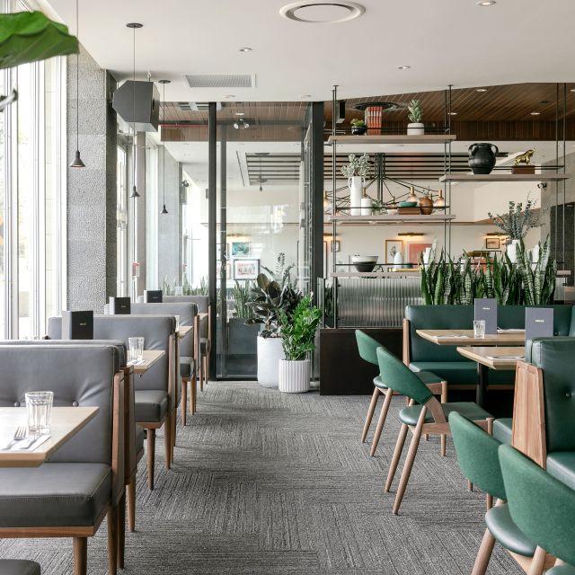 Earls Kitchen + Bar - Campus Towers - Edmonton, Edmonton, AB