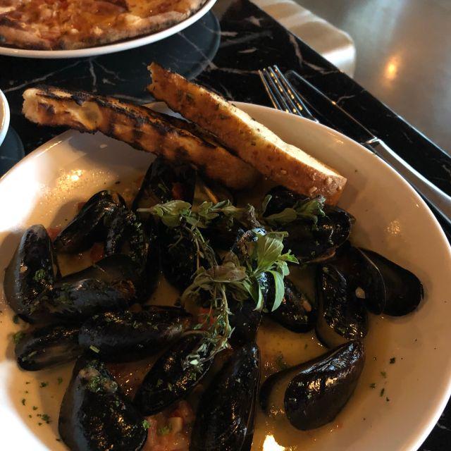 Tre Luna Bar and Kitchen, Hoover, AL