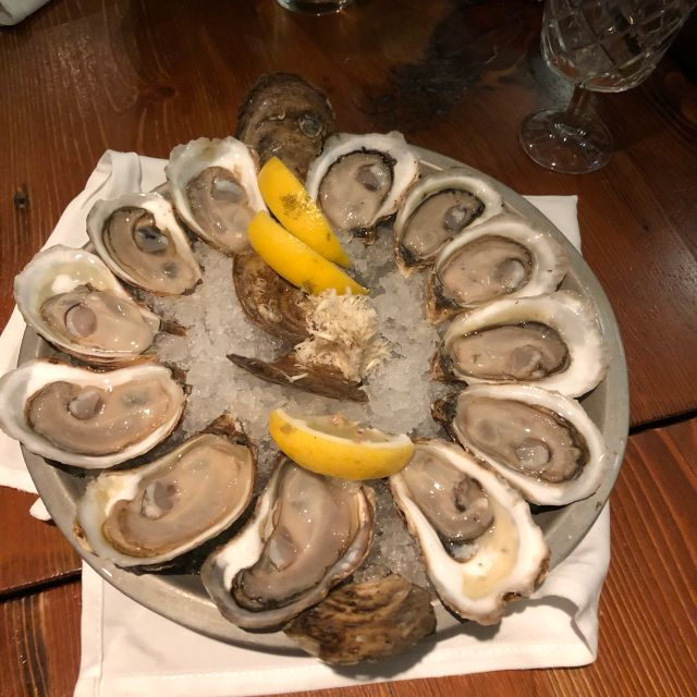 John & Sons Oyster House - Downtown, Toronto, ON