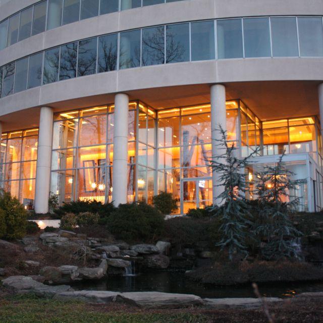 2941 Restaurant, Falls Church, VA