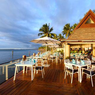 Wet Edge – Sheraton Fiji Resort