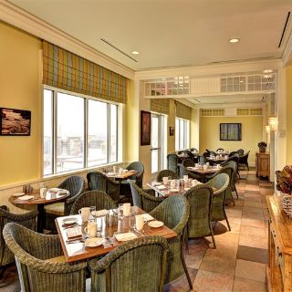 JW Marriott The Rosseau Muskoka - Cottages Restaurantの写真