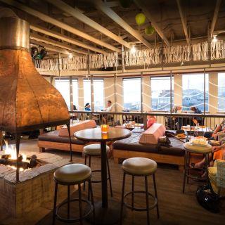 MIST Restaurant & Lounge
