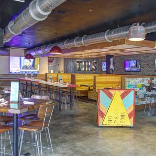 Tin Lizzy's - Tallahasseeの写真