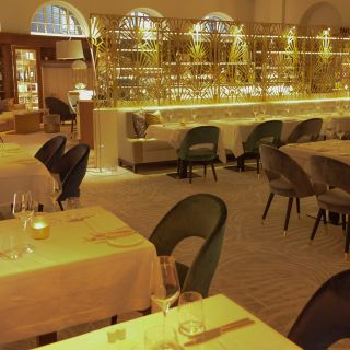 Una foto del restaurante The Dining RooM