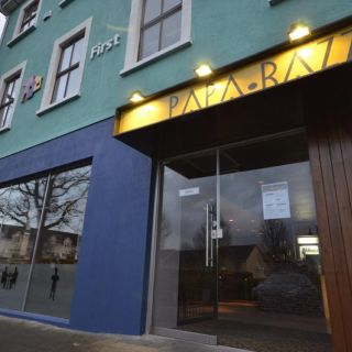 A photo of Papa Razzi restaurant