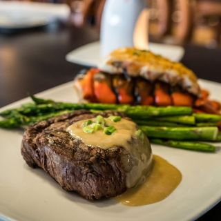 Diamonds Steak & Seafood - Royal Oak