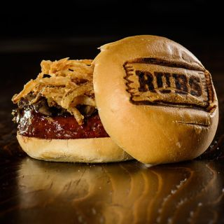 A photo of Rubs BBQ Americain - Laval Ouest restaurant