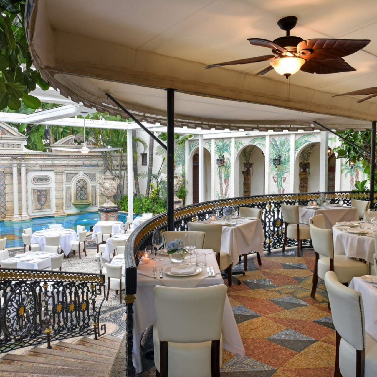 Gianni S At The Former Versace Mansion Restaurant Miami