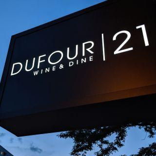 Dufour21