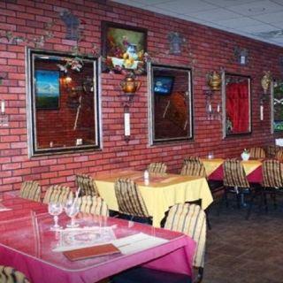 24 Restaurants Near Doubletree By Hilton Libertyville