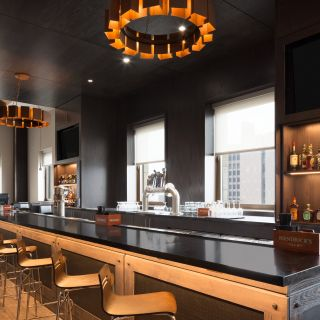 Ollie's Gastropub at Embassy Suite by Hilton Pittsburgh