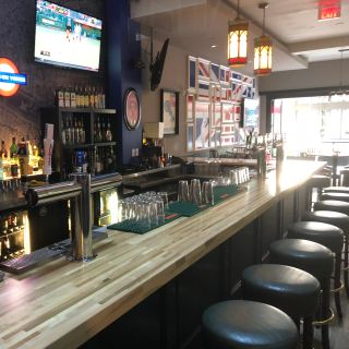Foto von Firkin on Yonge Restaurant