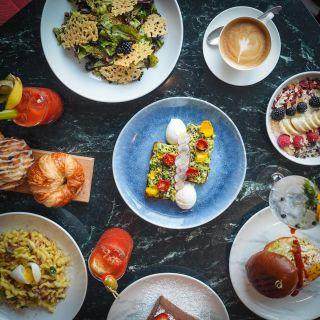 A photo of Bluebird London NYC restaurant