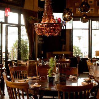 Una foto del restaurante Bodega 8 - Tijuana