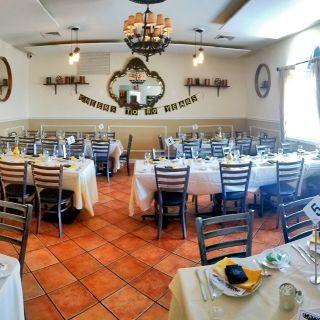 A photo of Chefs 724 Restaurant & Bar restaurant