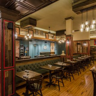 The Skunk & Goat Tavernの写真
