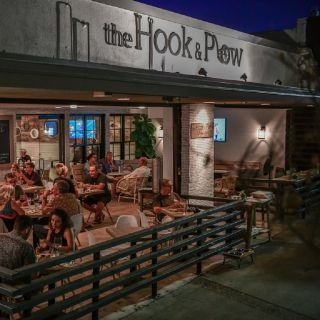 A photo of the Hook & Plow - Redondo Beach restaurant