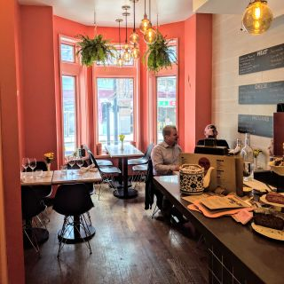 Foto von Grand Cru Deli Restaurant