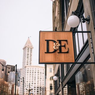 A photo of D & E Pioneer Square restaurant