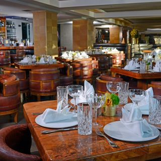 A photo of The Dining Room at Shangri-La restaurant