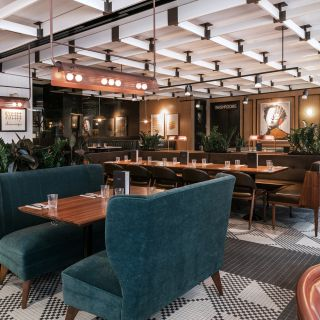A photo of Earls Kitchen + Bar - King Street restaurant