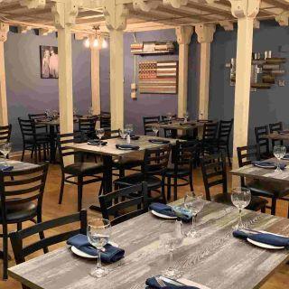 Foto von Denim BYOB Restaurant