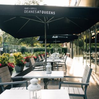 A photo of Deanes at Queens restaurant