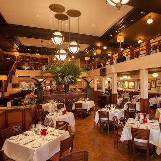 A photo of Maloney & Porcelli restaurant