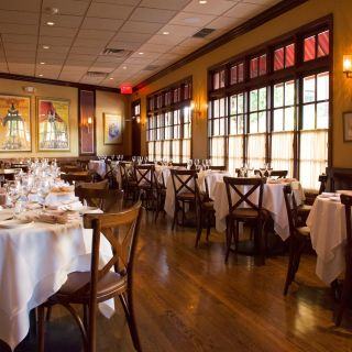 A photo of Lusardi's Larchmont restaurant