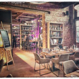 Wine House GmbH - Bar, Kitchen & Bottle Shop