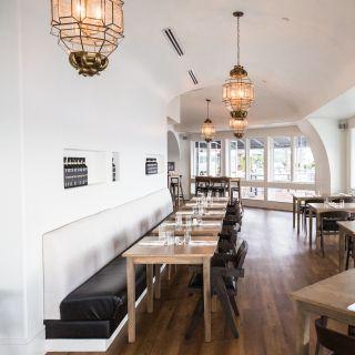 A photo of COMO restaurant