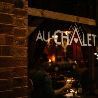 A photo of Au Chalet restaurant