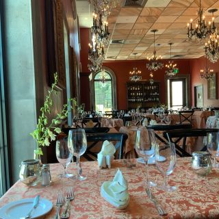 Roghani's Restaurant at Chateau des Fleurs
