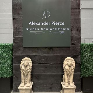 Alexander Pierce Restaurantの写真