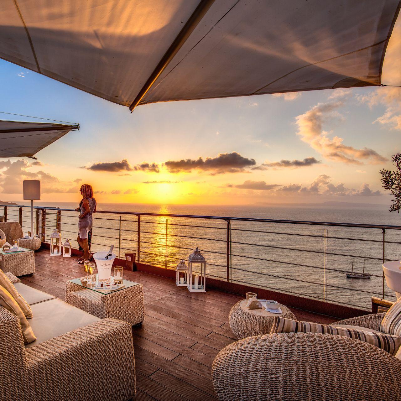 Vista Sky Bar Moët Chandon Club à La Flûte Restaurant