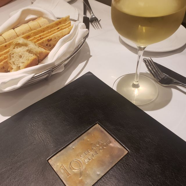 19 Steak And Seafood At Belterra Casino Resort Restaurante