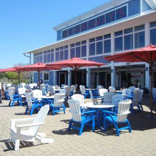 Hemingway's Restaurant - Bay Bridge Marina