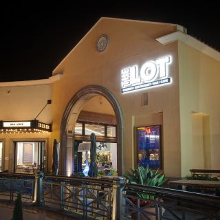 A photo of THE LOT Fashion Island restaurant