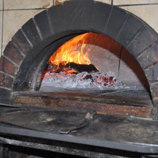 Foto von La Pizzeria - Campbell Restaurant